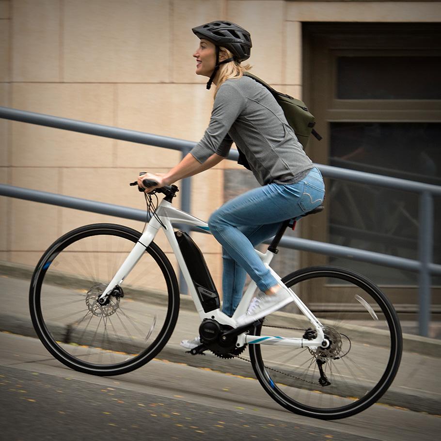 Electric Bike Road Cross Core Yamaha E Bikes